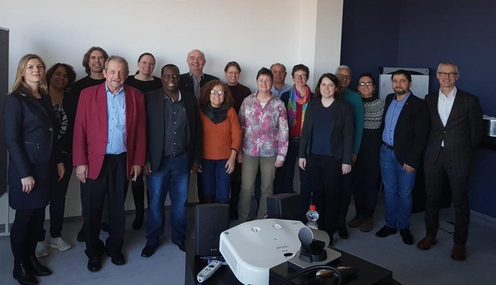 Professora Enilda Mendonça participa de Conferência Internacional sobre saúde e direitos do trabalhador