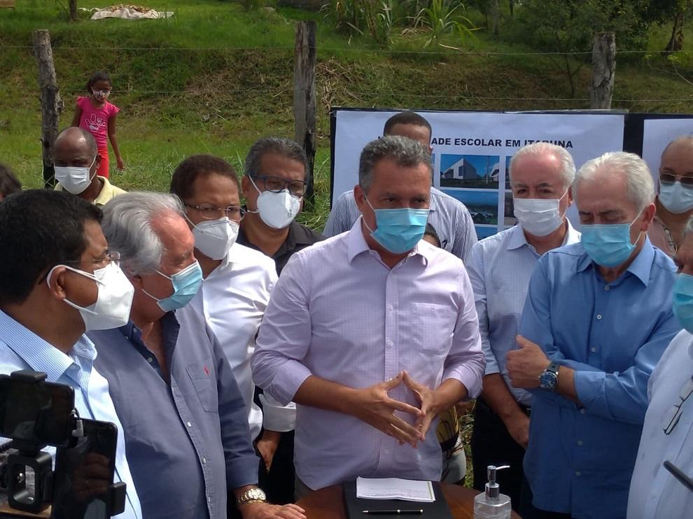 """Rui faz alerta à população: """"o uso da máscara continua necessário"""""""